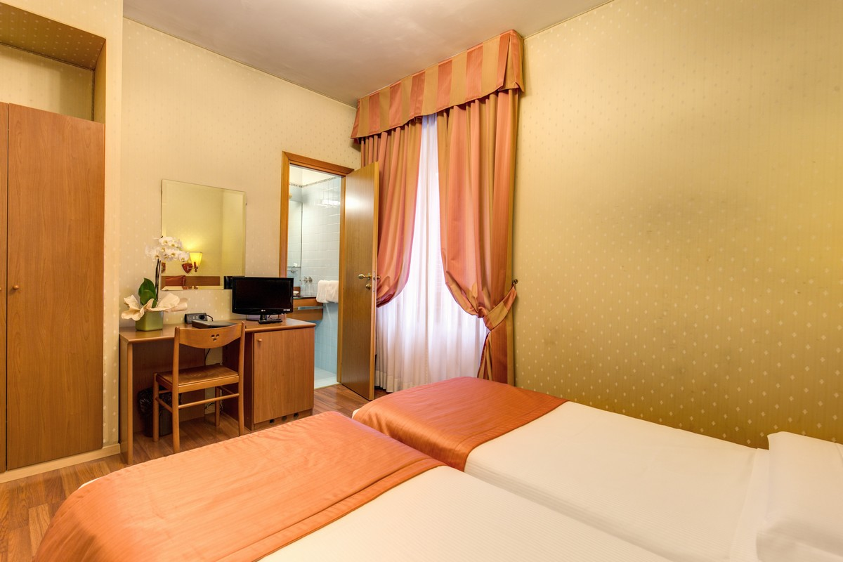Hotel Flower Roma